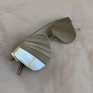 Accessories - Mirrored Cat Eye Sunglasses 🐱